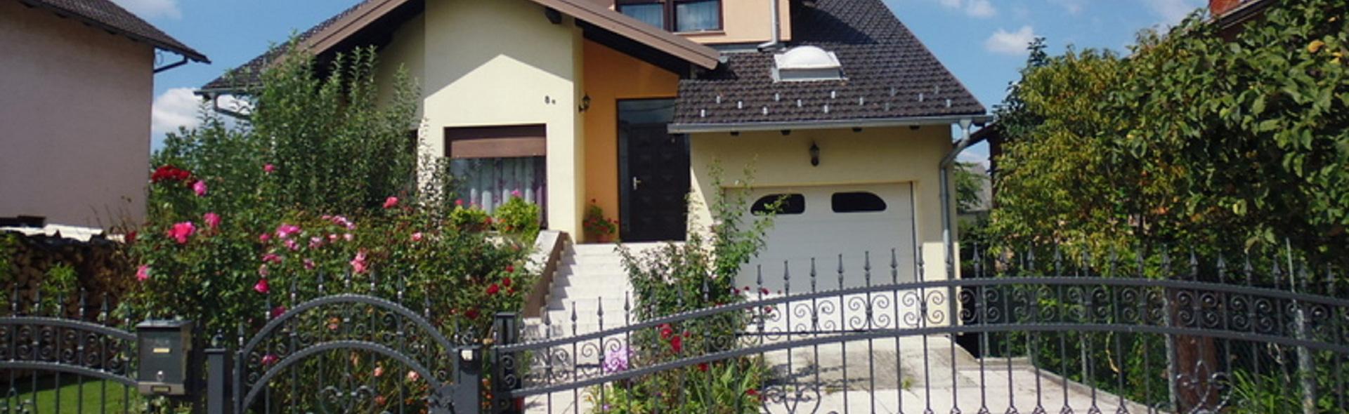 Samostojeća kuća za prodaju Petrinja